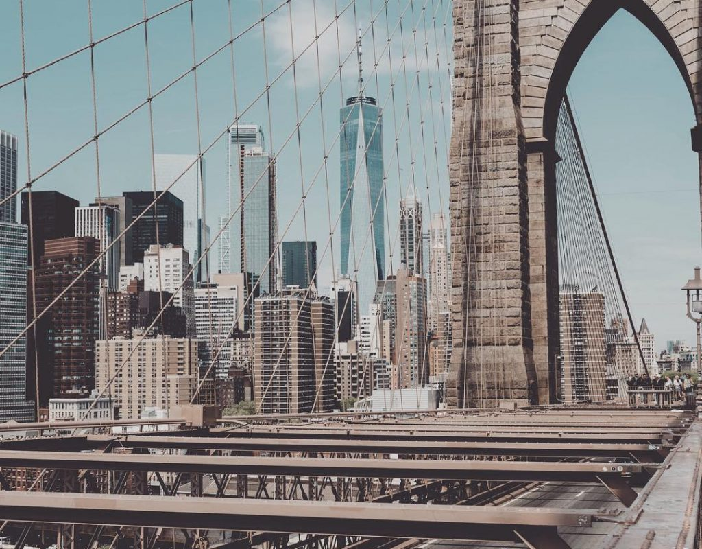 On the way to Brooklyn with the best views of Manhattan #newyork #newyorkcity #manhattan #brooklynbridge #brooklyn #travel #travelphotography #lovethecity